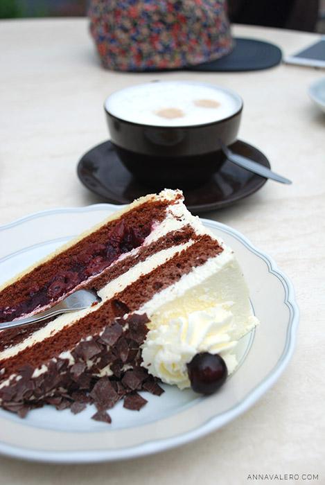 desayuno_tarta_selva_negra